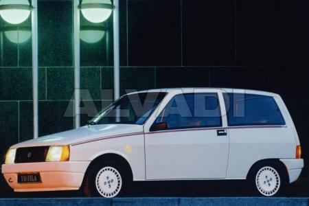 Lancia Y10 (156)