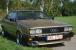 Audi QUATTRO (85) Warning triangle