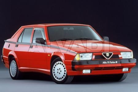 Alfa Romeo 75 (162B)